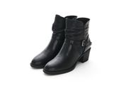 MICHELLE PARK 經典俐落金屬釦飾牛皮拉鍊粗跟短靴-黑色