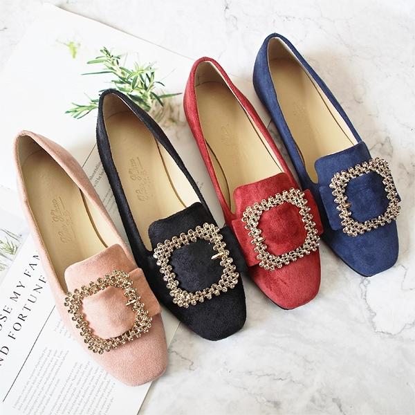 大尺碼女鞋小尺碼女鞋方頭質感小碎鑽扣帶前緣加長蜜桃絨布素色娃娃鞋平底鞋包鞋寶藍色(31-44)