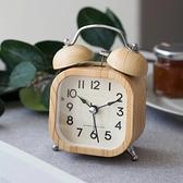 鬧鐘 韓國簡約臥室床頭木紋雙鈴鬧鐘夜光靜音桌面擺件 艾維朵