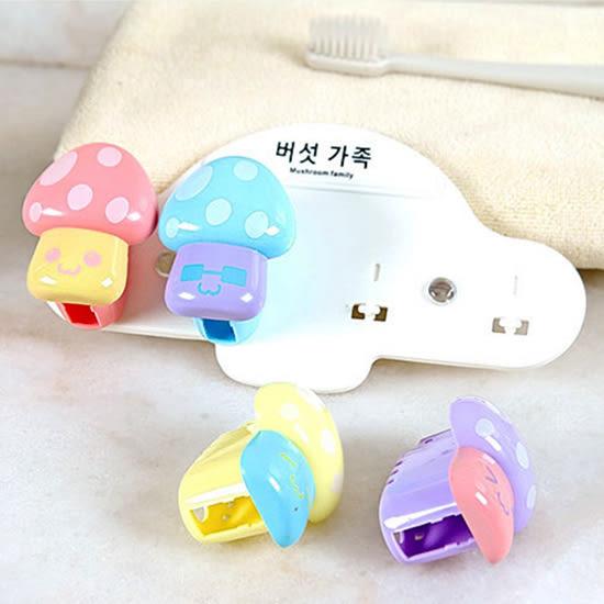 ✭米菈生活館✭【Q204】蘑菇造型牙刷掛架 衛浴 洗漱 帶蓋 防塵 吸壁 吸盤 四入 可愛 韓國 卡通