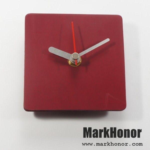 簡約風格-方型 100%真皮 皮革 桌鐘 靜音 時鐘 酒紅 10公分-Mark Honor
