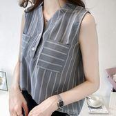 (全館一件免運)DE SHOP(GU-7463)韓版純色細直條紋雙口袋前排釦雪紡衫小V領無袖襯衫上衣