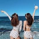韓國ins性感泳衣女連體小胸聚攏鋼托泳裝顯瘦遮肚長袖溫泉游泳衣