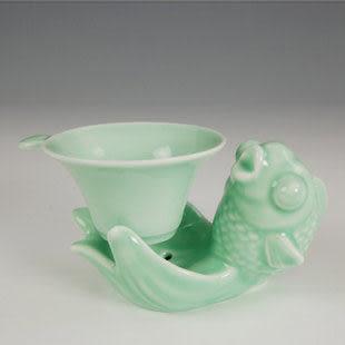 功夫茶具魚型托手青藍色茶漏