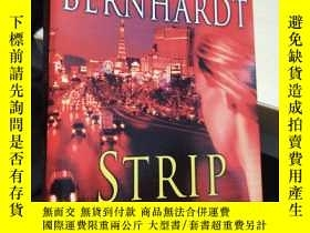 二手書博民逛書店Strip罕見Search A Novel of SuspenseY23037 William Bernhar