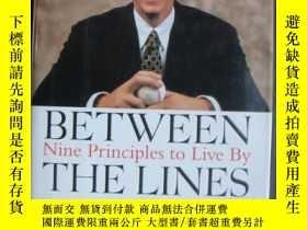 二手書博民逛書店BETWEEN罕見the lines: Nine Princip