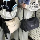 側背包 中性機車工裝斜背書包單肩郵差包包【NQAG5181】