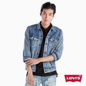Levis 男款 牛仔外套 / Type 3 經典修身版型 / 不規則水洗
