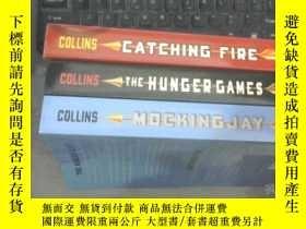 二手書博民逛書店THE罕見HUNGER GAMES TRILOGY 飢餓遊戲三部