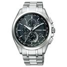 【台南 時代鐘錶 CITIZEN】星辰 鈦金屬 電波光動能 萬年曆 三眼計時 金屬錶帶男錶 AT8050-53E 黑 44mm