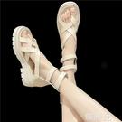 羅馬涼鞋 夾趾涼鞋新款女夏季鬆糕厚底后拉鏈個性高級感法式鏤空涼靴 韓菲兒