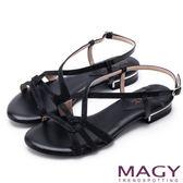 MAGY 夏日時尚 細版金蔥布面拼接皮革踝繞帶涼鞋-黑色