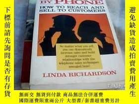 二手書博民逛書店Selling罕見by Phone: How to Reach and Sell to Customers 通過