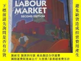 二手書博民逛書店The罕見Australian Labour MarketY21