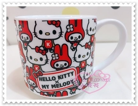 ♥小花花日本精品♥Hello Kitty x Melody馬克杯陶瓷杯水杯飲料杯滿版圖站姿日本限定 11028703