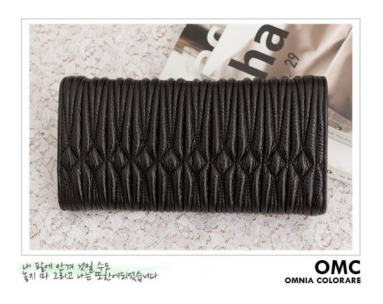 OMC - 專櫃立體抓皺質感真皮長夾 - 時尚黑