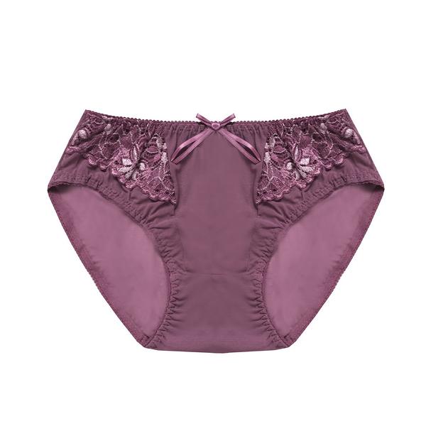 配褲→→→Amorous 私密內衣「戀戀蒼浦」浪漫蕾絲舒適軟鋼圈內衣