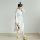 Queen Shop【01085468】復古碎花百摺造型雪紡洋裝 兩色售*現+預*