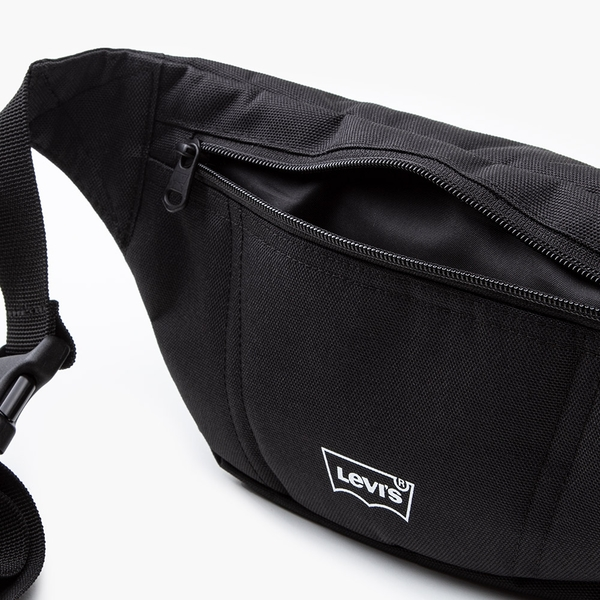 Levis 男女同款 腰包 / 經典Logo / 永續再造纖維 黑色
