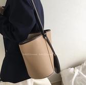 水桶包小眾設計師時尚網紅小CK水桶包單肩包女大包pu軟皮斜背大容量子母 聖誕節