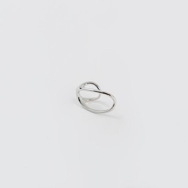 Queen Shop【07060172】不規則線條造型二指戒指*現+預*