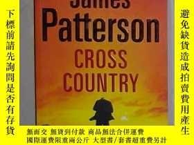 二手書博民逛書店英文原版罕見Cross Country by James Pat