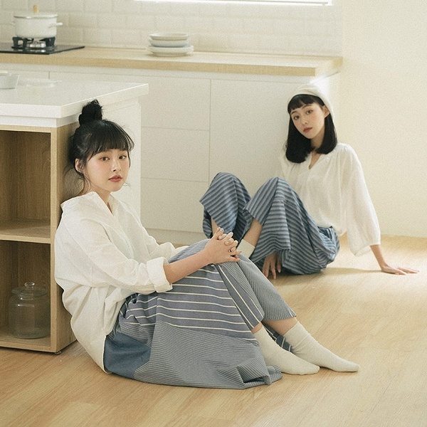 Queen Shop【01024038】中山領棉麻排釦白襯衫*現+預*