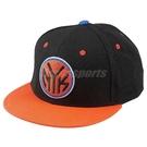 adidas 帽子 NBA Fitted NYC 紐約 尼克隊 黑橘 Snapback 棒球帽 男女款 【PUMP306】 F77541