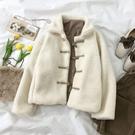 羊羔毛外套冬裝2019羊羔毛外套女冬短款棉襖韓版寬鬆棉衣牛角扣絨棉服 聖誕交換禮物