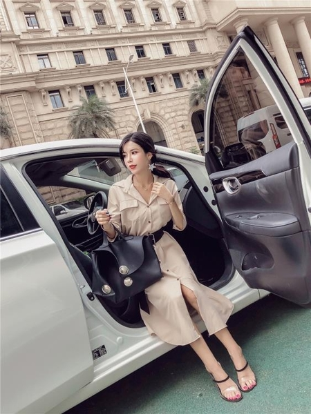 秋裝新款韓版氣質西裝領單排扣五分袖綁帶開叉風衣式洋裝女