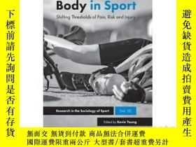 二手書博民逛書店The罕見Suffering Body in Sport: Sh