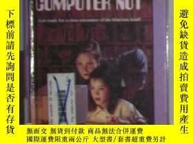 二手書博民逛書店英文原版罕見The Computer Nut by Betsy