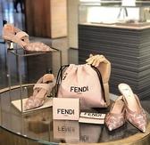 ■專櫃77折■全新真品 ■ Fendi Pack 納帕軟羊皮抽繩水桶斜背2用包 粉色