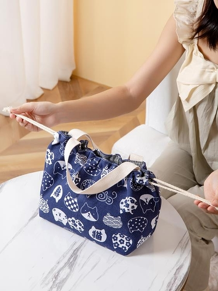 防水袋 飯盒袋手提保溫防水帆布袋子手拎大號裝帶飯的簡約小便當包上班族【快速出貨八折搶購】