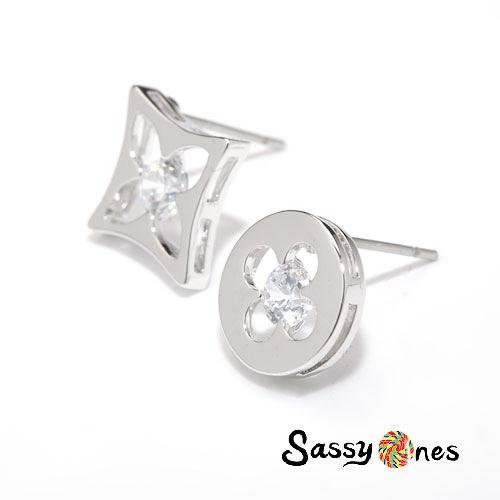 Sassy Ones時尚飾品-半鏤空鑲鑽時尚設計感耳環