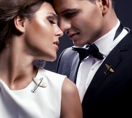 胸針男士韓版西裝外套大衣復古飛機女毛衣百搭情侶飾品 DN707【野之旅】