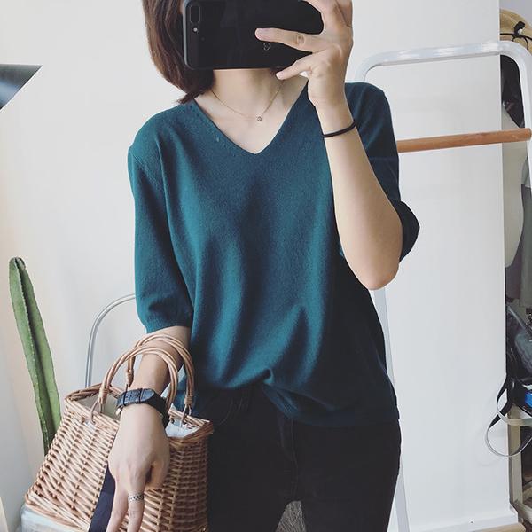 EASON SHOP(GW5175)磨毛親膚柔滑V領五分袖針織上衣 短袖上衣 紫色 藍色 寬鬆百搭