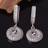 耳環 純銀鍍白金鑲鑽-經典圓型生日情人節禮物女飾品2色73cz10【時尚巴黎】
