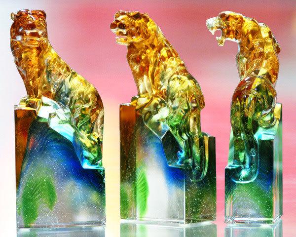 鹿港窯~居家開運琉璃擺飾【躍虎】 附精美包裝◆附古法製作珍藏保證卡◆免運費送到家