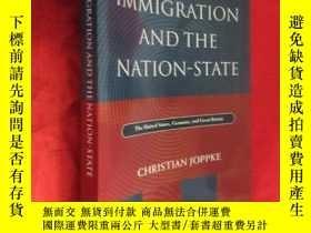 二手書博民逛書店Immigration罕見and the Nation-stat