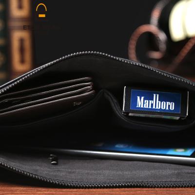 新款韓版街頭軟皮手包   潮流鉚釘男式手拿包    時尚休閒大容量手包   創意簡約手抓包