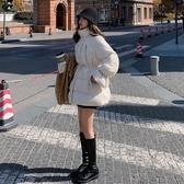 梨卡 - 韓國【超韓爆款】保暖中長版拉鍊鋪棉羽絨棉大口袋顯瘦縮腰抽繩防風風衣外套短大衣AR150