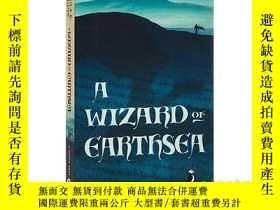 二手書博民逛書店地海巫師罕見英文原版 英文版 A Wizard of Earth