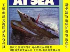 二手書博民逛書店Disaster罕見at Sea-海上災難Y443421 John Marriott Ha... 出版1