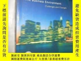 二手書博民逛書店The罕見Business Environment: Chall