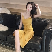 洋裝夏女港味复古优雅气质修身性感吊带裙2021新款打底内搭裙子