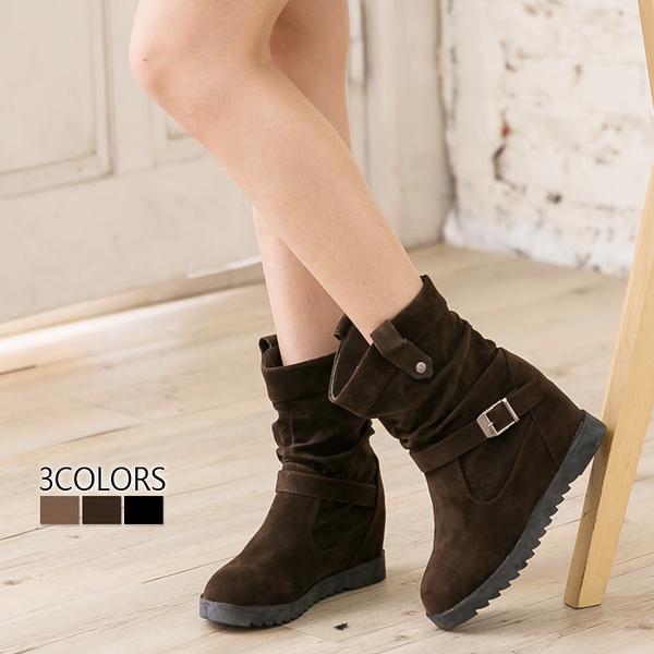 [Here Shoes]3色 麂皮金屬扣環 5CM內增高短筒靴時尚韓版經典百搭抓皺 機車靴 工程靴─AA030