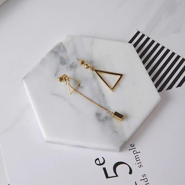 Qmigirl 簡約風百搭多戴法不對稱金屬三角流蘇耳環 【QG2215】