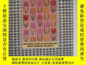 二手書博民逛書店EMBROIDERY罕見INCLUDING OVER 60 STITCHES AND MANY ORIGINAL