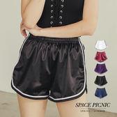 運動 短褲 Space Picnic|腰鬆緊緞面運動風短褲(預購)【C19051075】